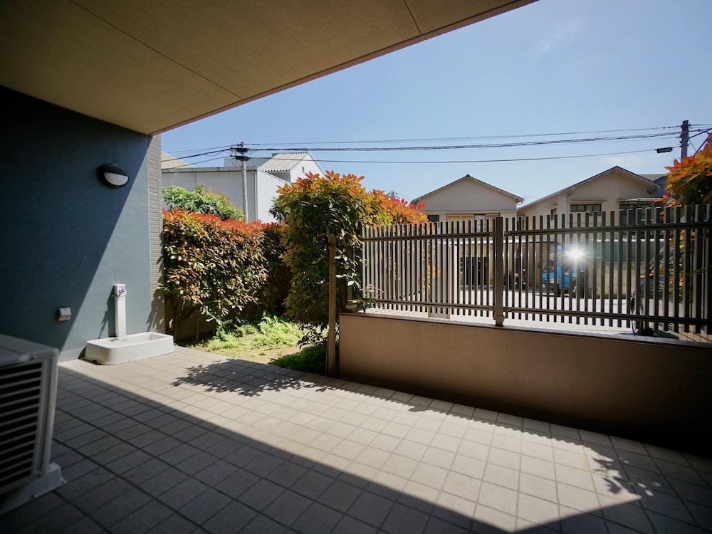 【新価格】庭とカーポートのゴージャスな邸宅